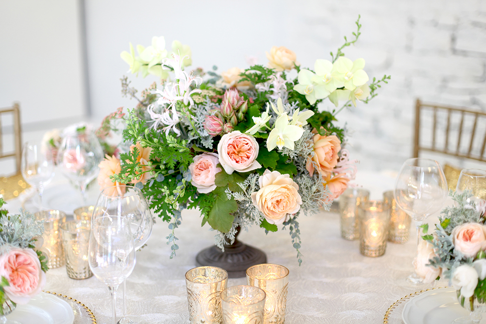 Major benefits of hiring florist for your wedding decoration